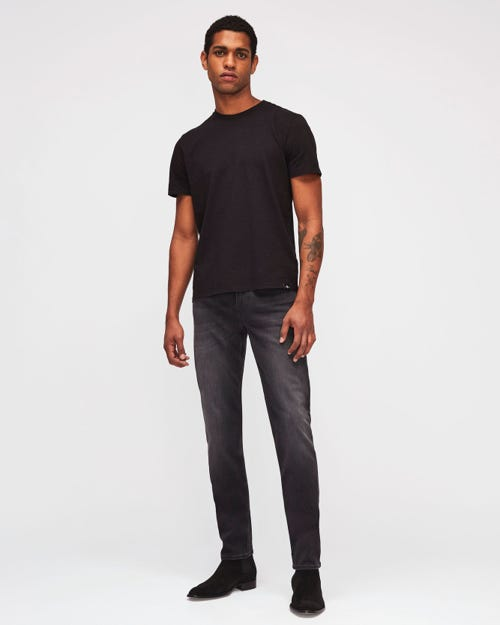 SLIMMY TAPERED LUXE PERFORMANCE PLUS WASHED BLACK